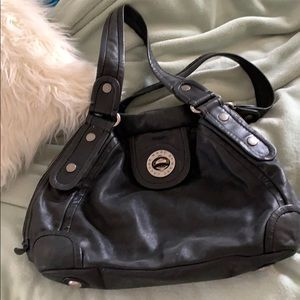 Marc by Marc Jacobs black leather totally turnlock